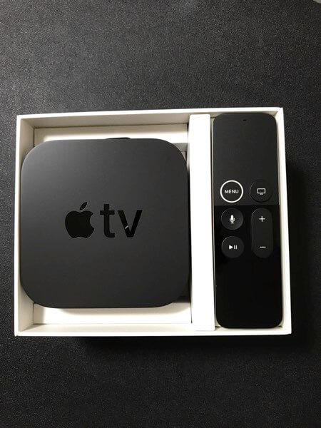 Apple TV 4KとSiri Remote