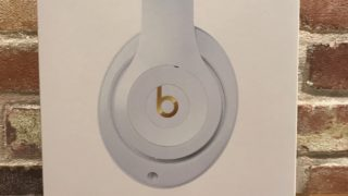 「Beats Studio3 Wireless」の外箱
